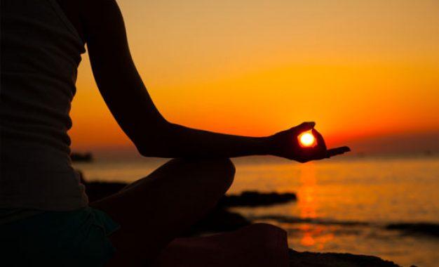 کاهش درد کمر با یوگا