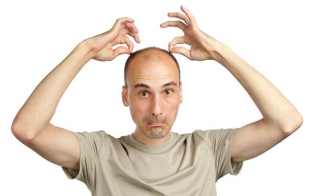 آیا برای کاشت مو سن خاصی را باید در نظر گرفت؟