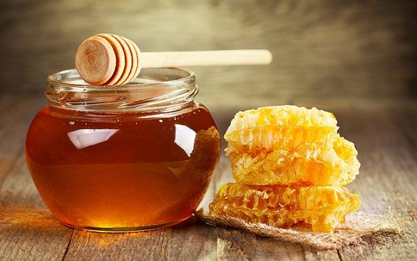 ۷ روش ساده برای تشخیص عسل طبیعی