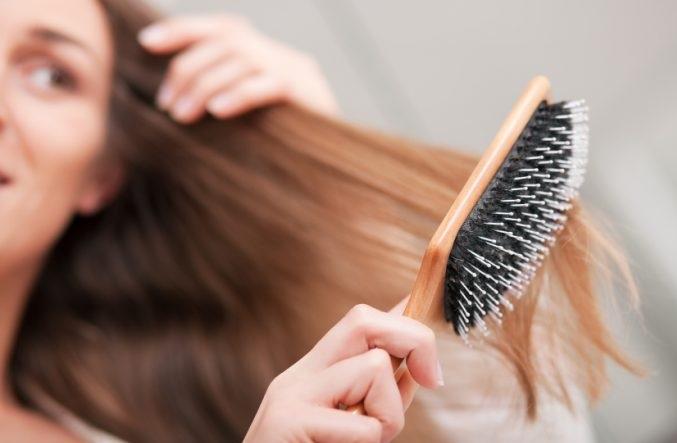 دلایل ریزش مو در دوران بارداری
