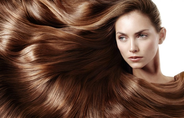 مواد غذایی که باعث سلامت مو میشوند را بشناسید