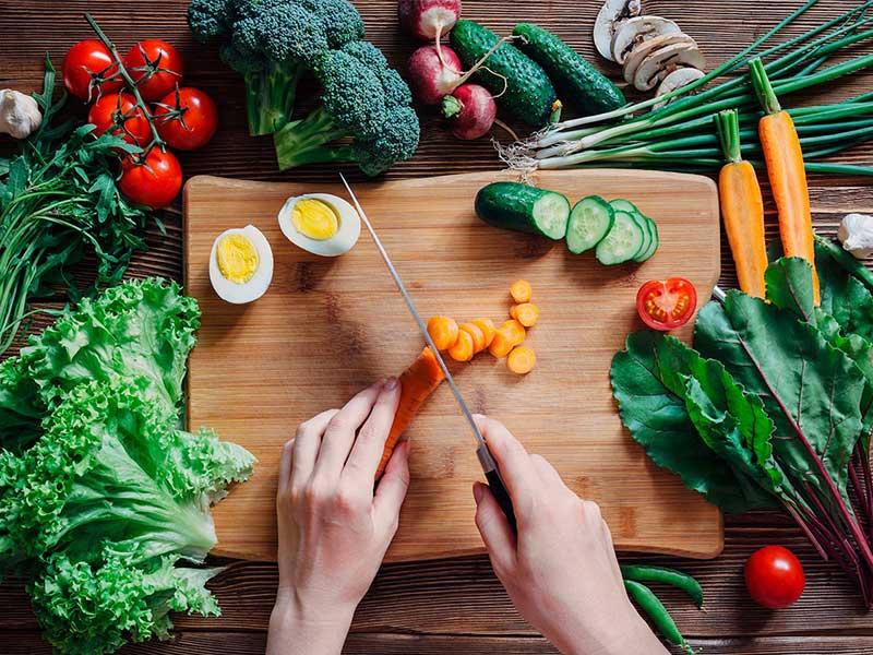 غذاهایی که از بروز آلزایمر جلوگیری میکنند