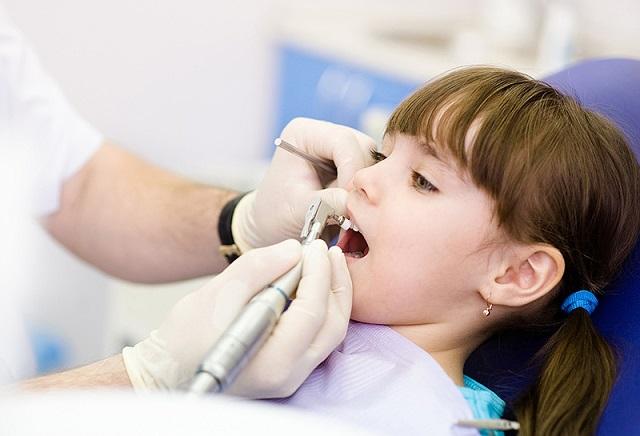 دندانپزشکی کودکان چیست؟