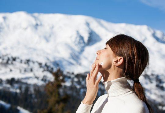 در پاییز و زمستان هم به کرم ضد آفتاب نیاز داریم